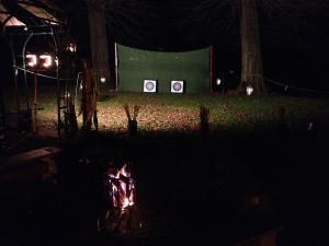 Kasteelschutters Huurling.nu Longbowman Compagnie van Brederode Handboogschieten Workshops Evenement Heemskerk Middeleeuwen Verlichte schietbaan
