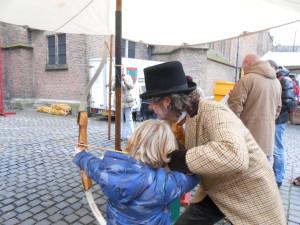 HISTORIE-KS Kasteelschutters Handboogschieten Organisatie Historische Evenementen Charles Dickens Markt Grote Kerk Hofkwartier Geschiedenis Liekie's Liedjes Rob 2