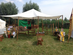 Kasteelschutters HISTORIE-KS Longbowman Handboogschieten Kasteel Doornenburg Middeleeuwen middeleeuwse workshop school educatie kinderfeestje bedrijfsfeest bedrijfsuitje Brederode Wapenluifel